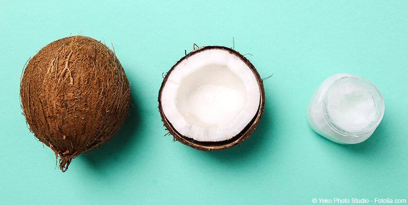 Kokos przecięty na pół